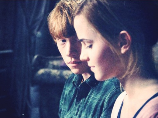 Critical acclaim for rupert grint and emma watson in dh1 and a summary of the film s best r hr - Hermione granger best moments ...